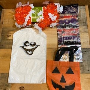 5/$15 Halloween Misc. lot of 4 items